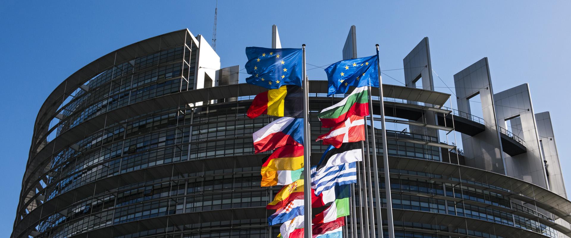 V EU a NATO přes Zakarpatí: co lze a co by se mělo dělat na regionální úrovni