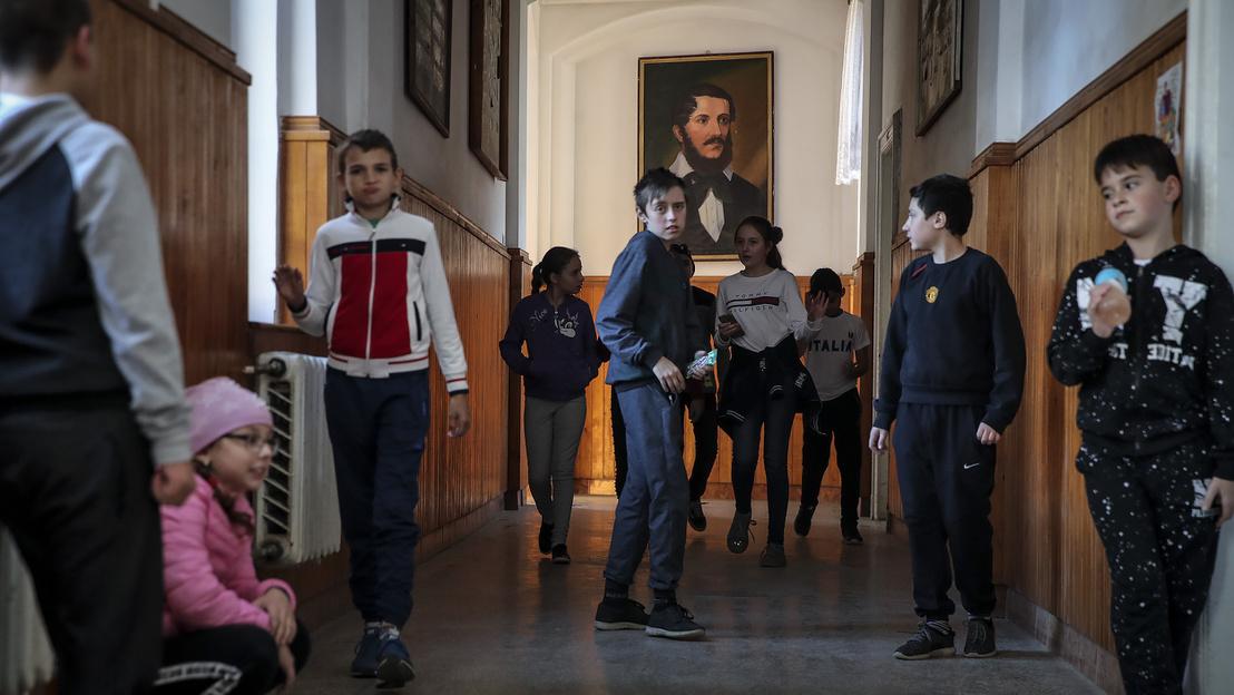 Угорська школа №10 в Ужгороді, Foto Huszti István