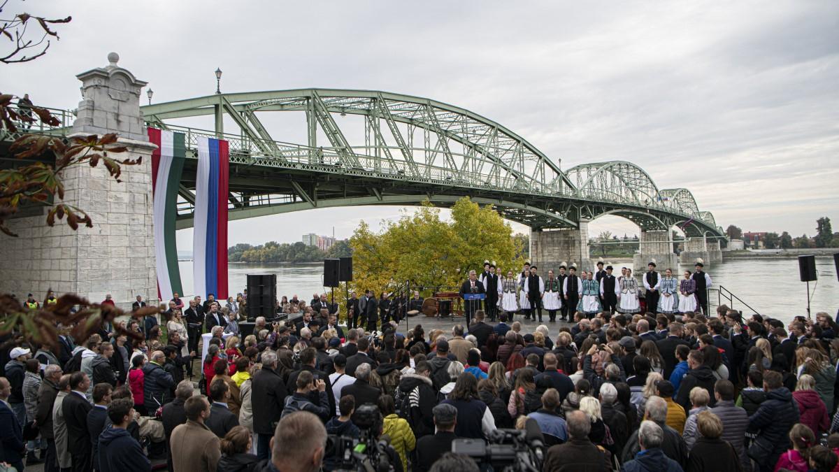Будівництво відрізку Via Carpatia  в Угорщині завершується. На кордоні із Словаччиною з'являться 4 нові мости (ФОТО)